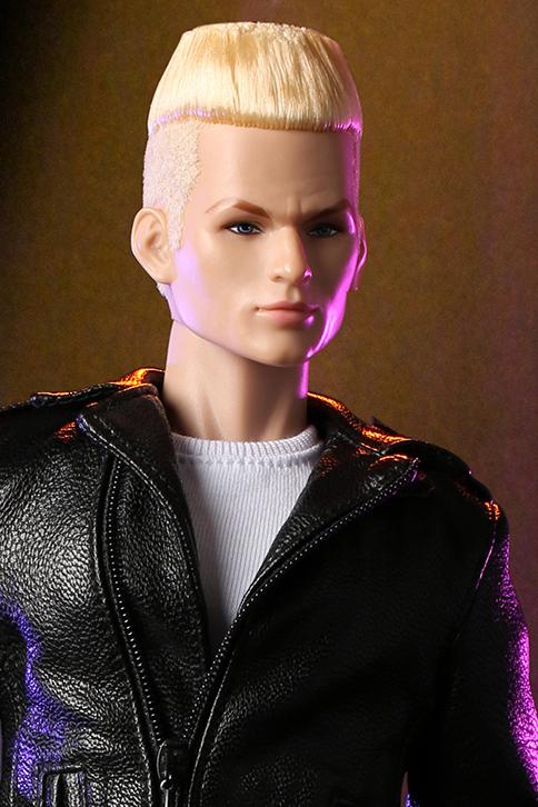 Zipper (Blond) Image